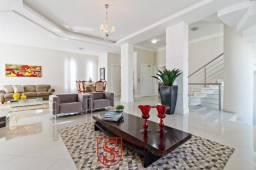 Casa alto padrão com 5 quartos e 4 vagas à venda no Campo Comprido em Curitiba!