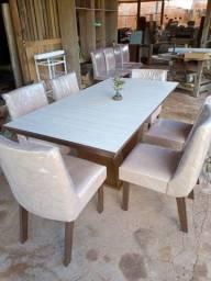 Mesa com 6 cadeiras estofadas MDF