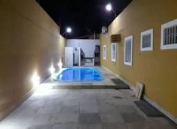 1863 - Casa - 04 Qts/02 Suítes - 02 Vagas - 200 m² - Nascente - Piscina - C/Planejados