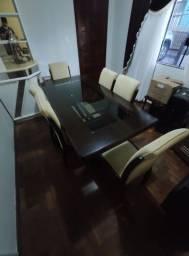 Mesa de Jantar c/ cadeiras