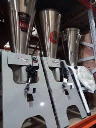 Liquidificador basculante industrial *