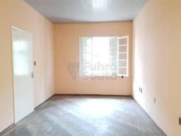 Casa para alugar com 3 dormitórios em Centro, Pelotas cod:16407