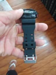 Relógio G-shok.
