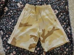 Bermuda Moletom Camuflada Adidas Originals, Tamanho M, Nova Sem Uso!