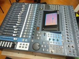 Mesa de som Yamaha DM 1000