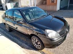 Clio Sedan 1.0 Expression 2006