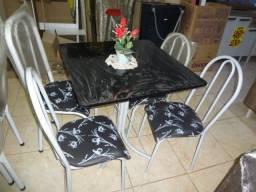 mesa 04 cadeiras preço incrivel