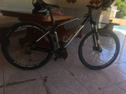 2 bikes aro 29 envio as informações via chat ou WhatsApp