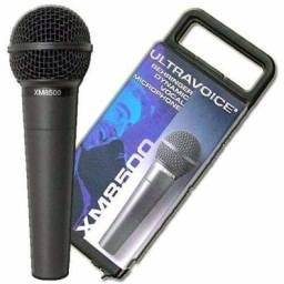 Behringer XM8500 Microfone