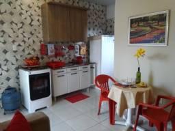 Aluga-se mini apartamento mobiliado e decorado na Redenção 850,00