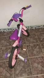 Título do anúncio: Bicicleta enfantil bem concervada