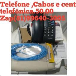 Central telefônica , aparelho telefone e cabos