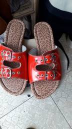 Sandálias com números fora do padrão 43