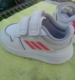 Tênis Adidas Original infantil