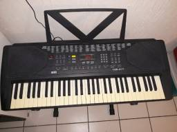 Vende-se Teclado Musical CSR em perfeito funcionamento