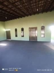 Casa com piscina jardim Industriário 1