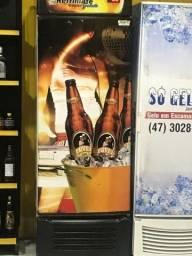 Freezer vertical / cervejaria