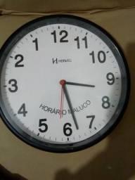 Relógio maluco em bom estado funcionamento ok
