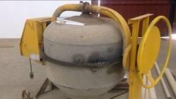 Betoneira 400 litros com motor korbach seminova