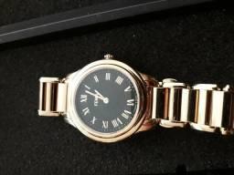 6d6075e47f6 Relógio Feminino Fendi dourado original