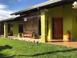 Casa Cond. Fechado a 1 km nova portaria Pousada Rio Quente