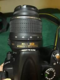 Maquina NIKON D3000