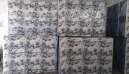 Lindas camas de casal $299 + frete grátis (camas direto da fábrica)