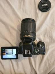 Câmera Nikon D5600 18-140mm