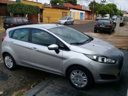 Vendo Ford Ney Fiesta 1.5 flex 2014
