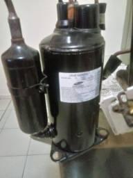 Compressor 12 mil btus semi novo