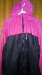 corta vento (preta com rosa) 100r