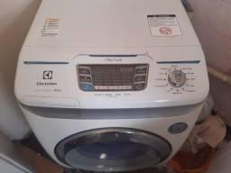 Máquina Lava e Seca Electrolux leia