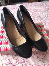 Sapato Scarpin Facinelli Preto com salto