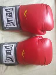 Luvas de box , muay thai.