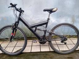 Bicicleta semi nova, revisada menos de um mês