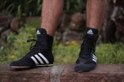 Sapatilha Adidas Boxe