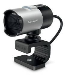 Webcam - USB 2.0 - Microsoft LifeCam Studio - Preta/Prata - Q2F-00013