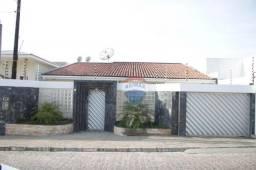 Casa com 3 dormitórios à venda, 288 m² por R$ 900.000,00 - Heliópolis - Garanhuns/PE