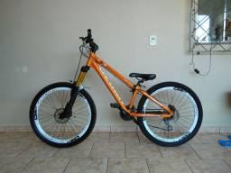 Bike Venzo FX3 Evo Susp 140mm eixo 20mm Full Shimano