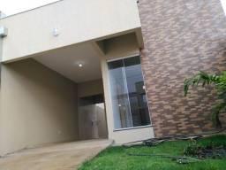 Casa de 03 dormitórios a venda no Setor Aeroporto em Caldas Novas