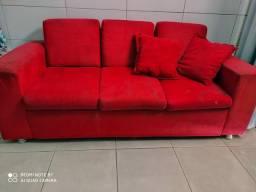 Vendo um sofá de três lugares