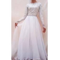 Vestido de noiva com véu de 1200 por 400