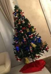 Vendo Árvore de Natal com todos enfeites