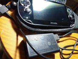 PS Vita Fat + 18 jogos + case + carregador