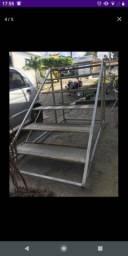 Escada 5 degrau de galvanizado e alumínio