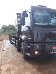 Caminhão btruk 2428