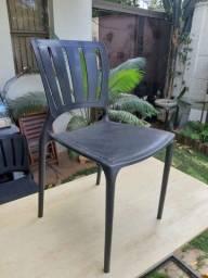 Cadeiras Plástica Preta