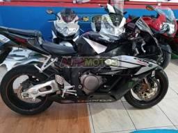 CBR 1000 RR 2005 Futuras trocas por motos menores ,