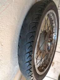 Roda traseira Titan 150 com pneu e câmera