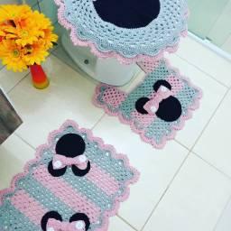 Jogo de Banheiro da Minie em crochê3 peças